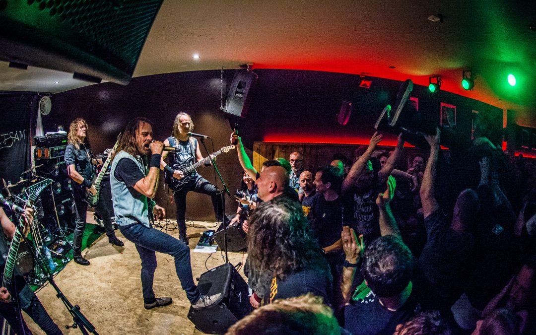 Fotoverslag: Flotsam and Jetsam – Dew Scented – Izegrim / Elpee – Deinze – België / 29-03-2017